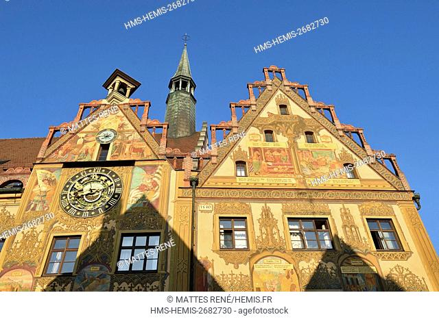 Germany, Bade Wurtemberg, Ulm, Albert Einstein' s birthplace, Rathaus (Town Hall) with Gothic style built in 1370, 16th century astrological clock