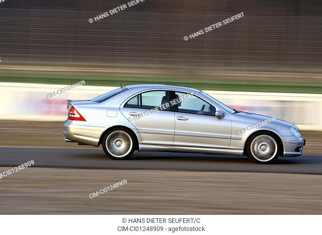 Car, Mercedes C55 AMG, Limousine, medium class, model year 2005-, silver, driving, side view, Test track