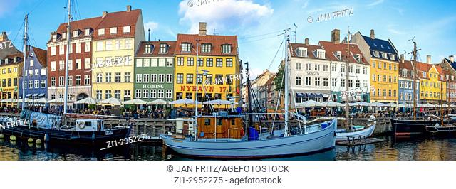 Panorama of Nyhavn in Kopenhagen, Denmark