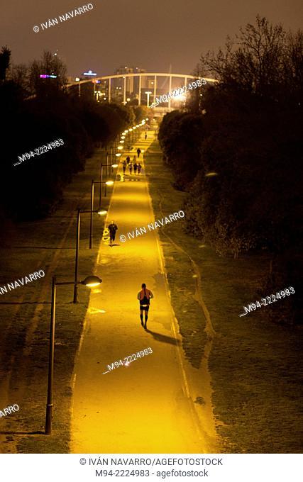 People running, Jardines del Turia, Valencia; Comunidad Valenciana; Spain