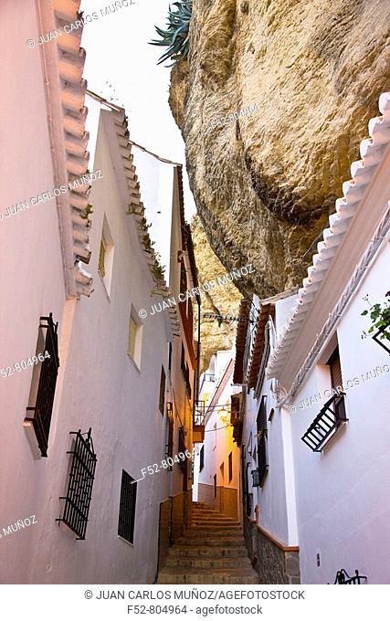 Setenil de las Bodegas. Sierra de Cadiz, Cadiz province, Andalucia, Spain
