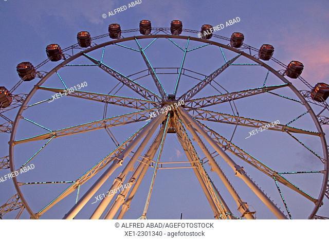 Noria, fairground attraction, Barcelona, Catalonia, Spain