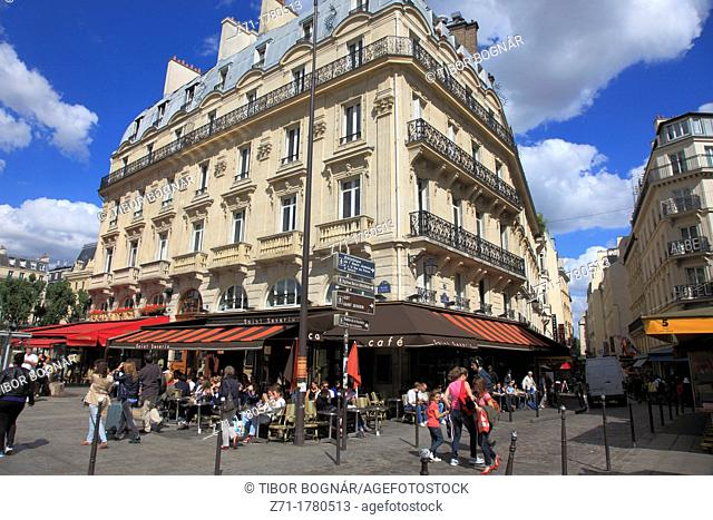 France, Paris, Boulevard St-Michel, cafe, people, street scene
