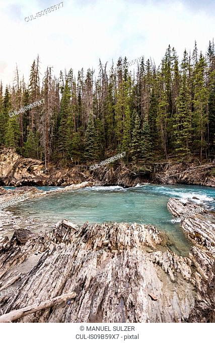 Natural Bridge Falls, Kicking Horse River, Yoho National Park, Field, British Columbia, Canada