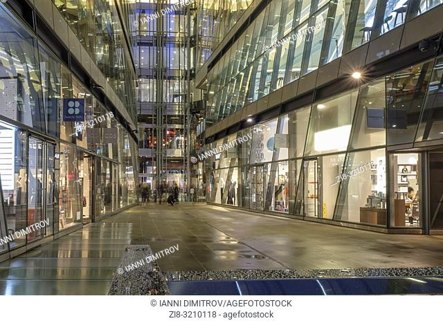 UK,London,EC4 M-high-end retail stores and restaurants at One New Change shopping Complex