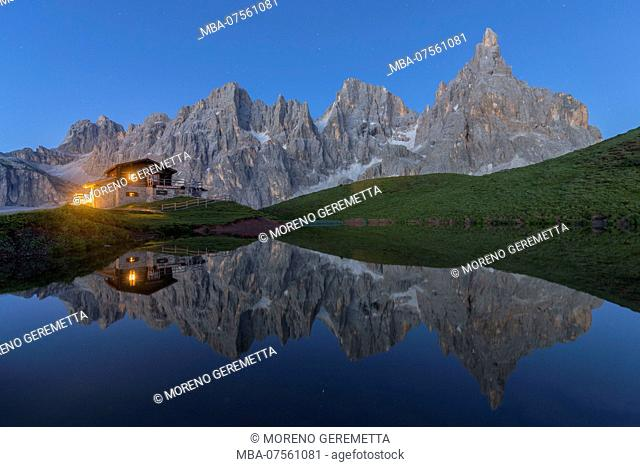 Northern italy, Trentino, natural park paneveggio pale di san martino, alpine hut, lake, reflection, cimon de la pala