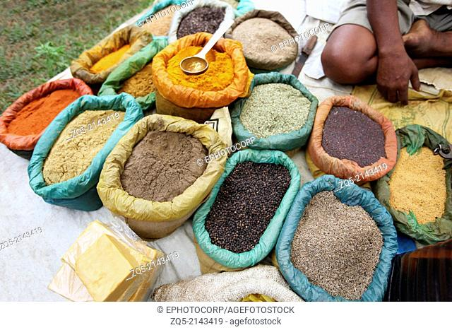 Indian spices turmeric, red chilly and black pepper. Ashavihar tribal market, Bokaro, Jharkhand, India