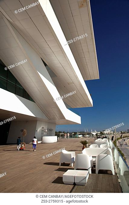 People in front of the Veles e Vents, building by David Chipperfield, Port Americas Cup, Valencia, Spain, Europe
