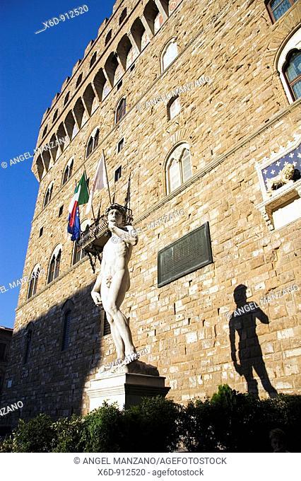 Palazzo Vecchio. Piazza della Signoria. Florence. Italy. (1299-1314)