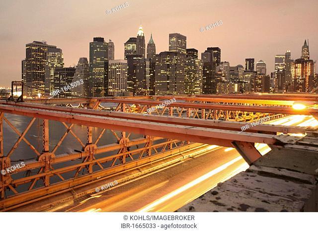 Illuminated Brooklyn Bridge at night, Manhattan, New York City, USA, America