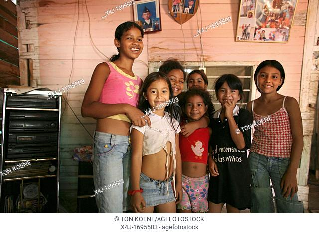 Displaced girls living in the outskirts of Colombia