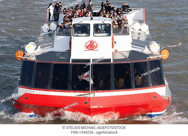 Tourist Boat Cruise along London's River Thames