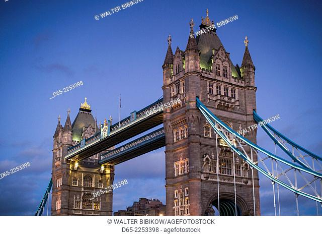 England, London, Tower Bridge, dusk