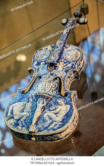 Europe, Portugal, Lisbon, Estrela, National Museum of Ancient Art, ceramic violin