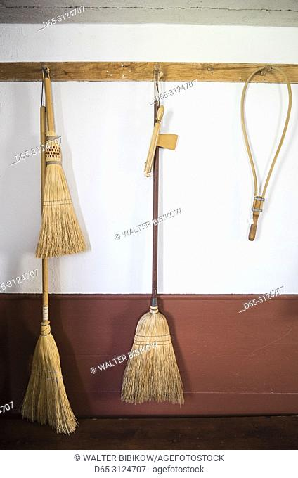 USA, New England, Massachusetts, Harvard, Fruitlands Museum, Shaker Building, shaker brooms