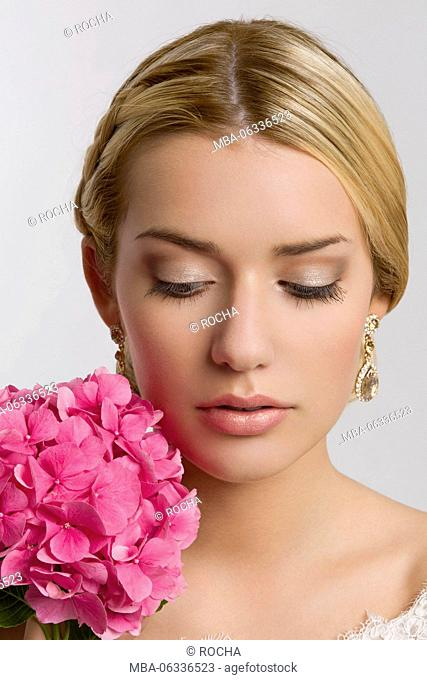 young woman, bride, bridal make-up, hydrangea blossom, looking down