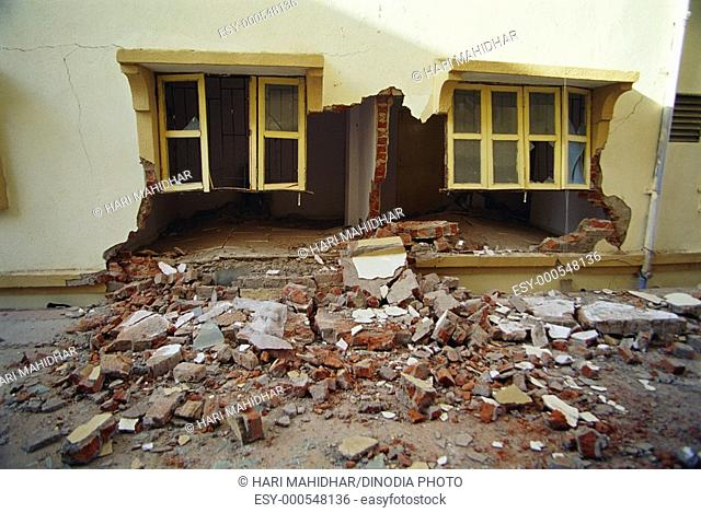 House collapsed in earthquake 2001 , Ahmedabad , Gujarat , India