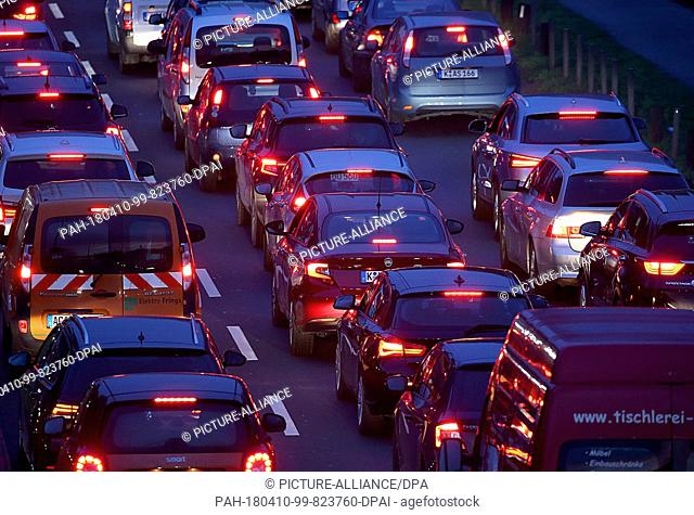 10 April 2018, Germany, Cologne: Cars are stuck in a traffic jam in the inner city after labour union Verdi called for large-scale public service strikes