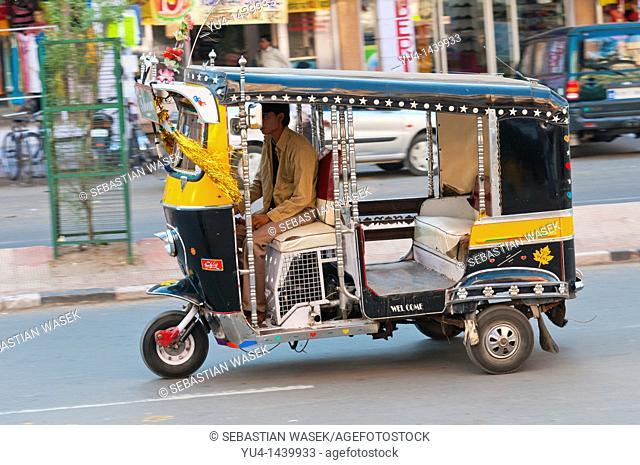Tuk-tuk auto rickshaw, Jodhpur, Rajasthan, India, Asia