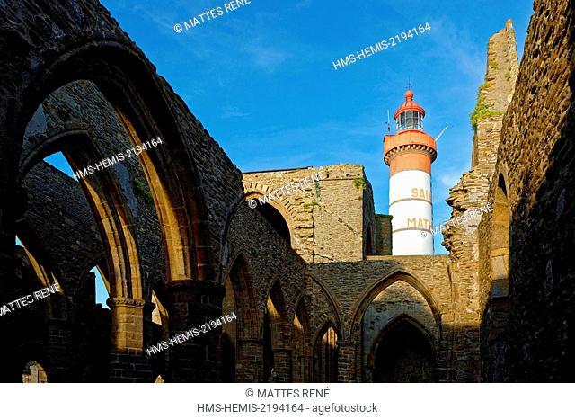 France, Finistere, Pougoncelin, stop on El Camino de Santiago, Pointe de Saint Mathieu, St Mathieu Lighthouse and St Mathieu de Fine Terre Abbey