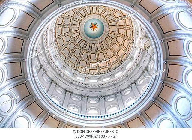Low angle view of the interior of the dome of a government building, Texas State Capitol, Austin, Texas, USA