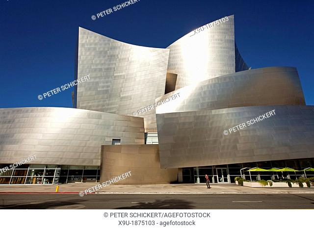 modern architecture by Frank Gehry, Walt Disney Concert Hall, Downtown Los Angeles, California, United States of America, USA