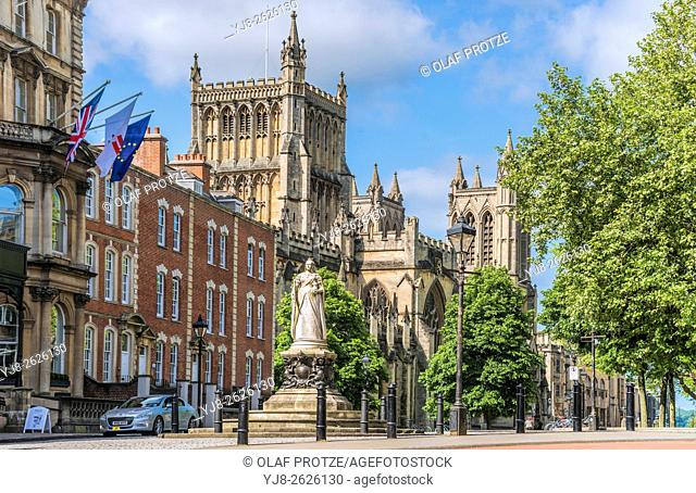 Statue of Queen Victoria in front Bristol Cathedral Church on College Green, Somerset, England, United Kingdom