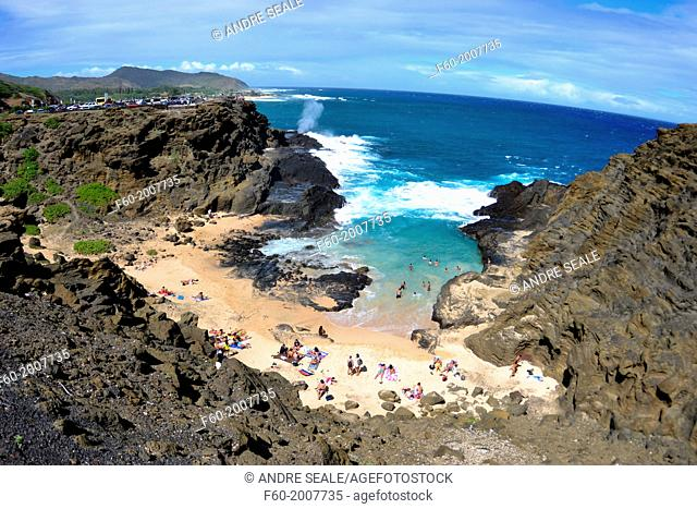 "Halona Cove or """"Eternity Beach"""", where classic movie """"From Here to Eternity"""" was filmed, East coast of Oahu, Hawaii, USA"