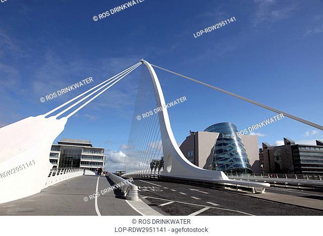 Republic of Ireland, Dublin City, Dublin. Samuel Beckett Bridge, a cable-stayed bridge designed by Spanish architect Santiago Calatrava that joins Sir John...