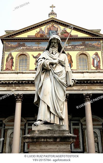 Italy. Lacio. Rome. San Paolo Fuori Le Mura (Saint Paul out walls) basilica. Saint Paul statue (19th century) in the atrium of the basilica