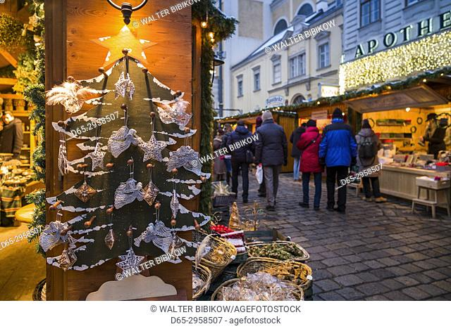 Austria, Vienna, Am Hof square, Christmas Market