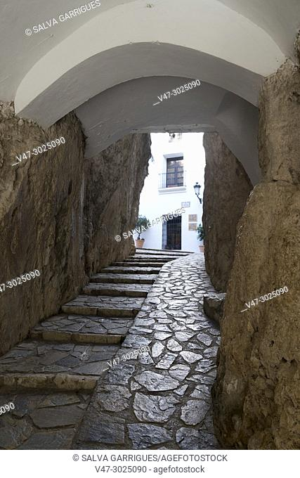 Entrance to the Casa Orduña Museum and Guadalest Castle
