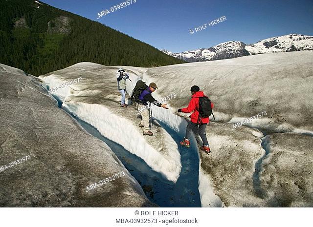 usa, Alaska, Inside passage, Juneau, Tongass National Forest, Taku Glacier, ice-landscape, traveling-group, North America, landscape, glacier-landscape, ice