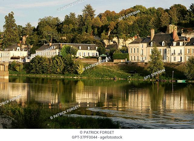 THE BANKS OF THE LOIRE, AMBOISE, INDRE-ET-LOIRE 37, FRANCE