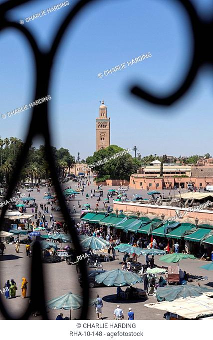 Place Djemaa el Fna with the Koutoubia Mosque in the distance, Marrakech, Morocco, North Africa, Africa
