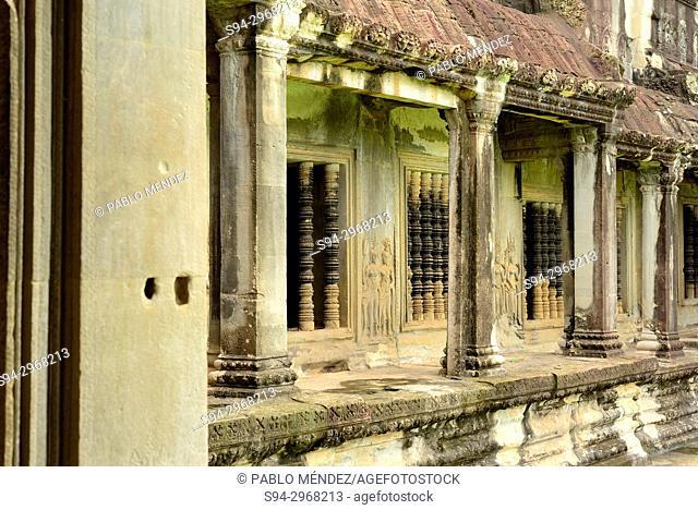 Hallway in Angkor Wat, Angkor area, Siem Reap, Cambodia