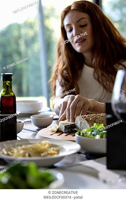 Friends eating together spaghetti carbonara