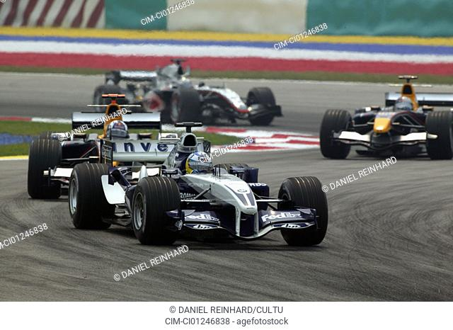 Car racing, Nick Heidfeld, Williams BMW, Formel 1 2005, Race driver, racetrack, circuit, race course, driving, diagonal from the front, frontal view, Curve