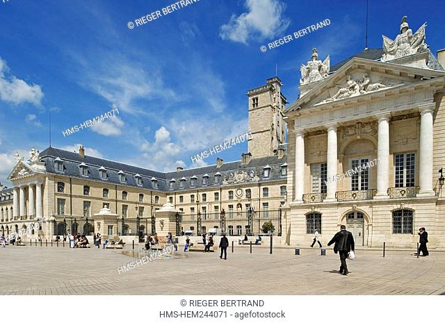 France, Cote d'Or, Dijon, Palais des Ducs and the Place de la Liberation Liberation Square