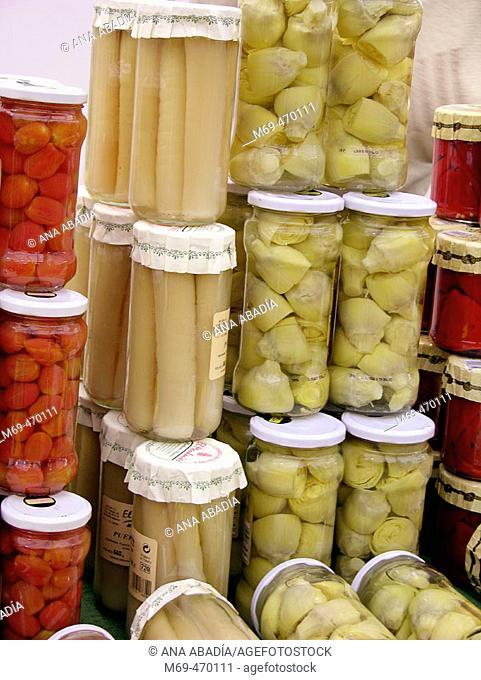Preserved food for sale. Fira Avícola Raça Prat, El Prat de Llobregat, Barcelona province, Catalonia, Spain