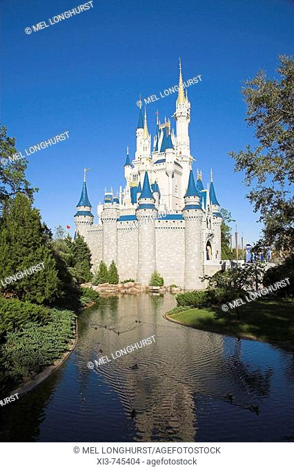 Cinderella Castle, Magic Kingdom, Disney World, Orlando, Florida, USA