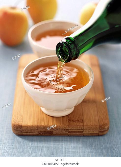 bowls of cider