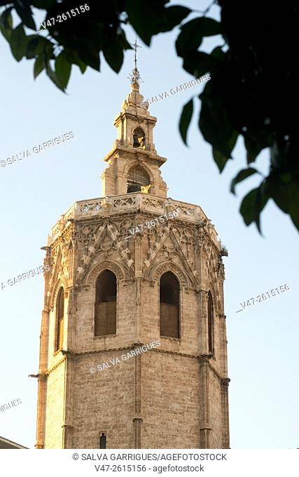 Bell tower of the Cathedral of Valencia, Micalet, Valencia, Spain, Europe