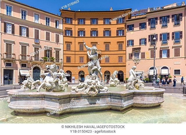 Fontana del Nettuno, Piazza Navona, Rome, Italy