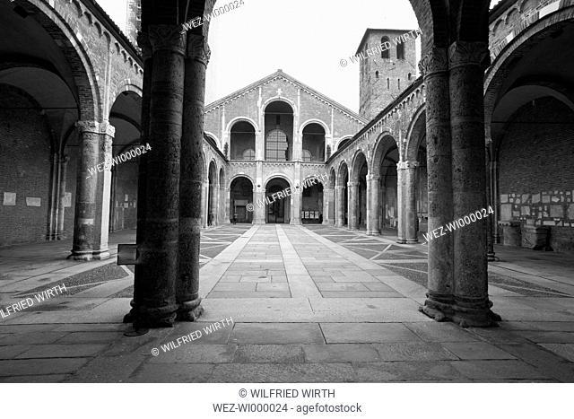 Italy, Lombardy, Milan, Basilica Sant'Ambrogio