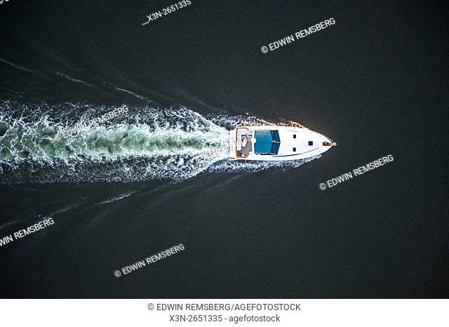 Aerial view of a speedboat in the Chesapeake Bay in Maryland
