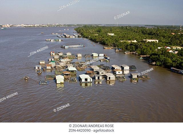 Schwimmende Häuser im Mekong bei My Tho, Vietnam, Asien