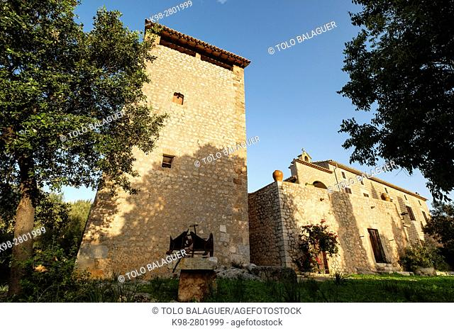 Defensive tower,possessió Son Mas - Pla del Rei, Mallorca, balearic islands, spain, europe