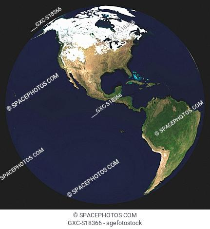Earth in Space, one can see the Atlantic Ocean, Canada et the USA under snow, South America, the Pacific Ocean