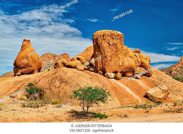 Spitzkoppe, mountain landscape of granite rocks, Matterhorn of Namibia, Namibia, Africa - Namibia, 28/02/2017